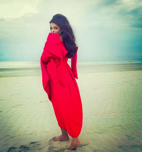 aishwarya rai hottest latest photoshoot for india noblese magazine october 2013 edition after becoming mother
