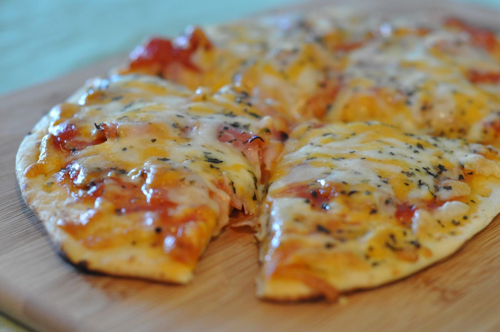 Пицца на лаваше в духовке с фото