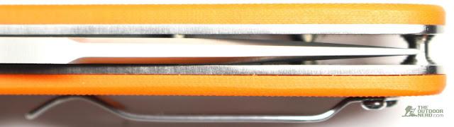 Ganzo G704 - Showing Centered Blade