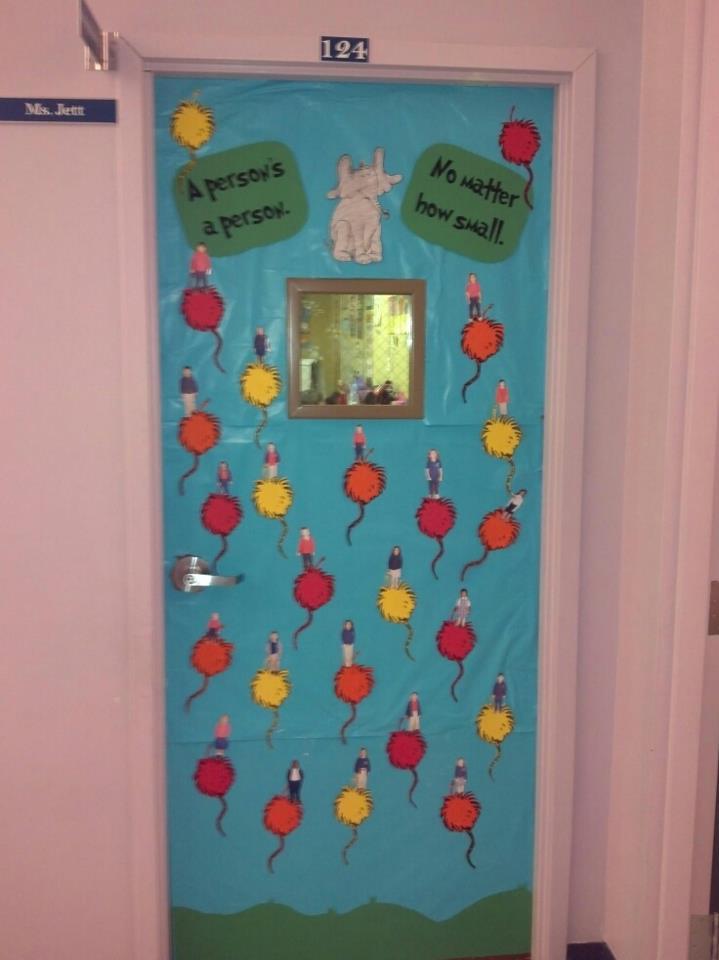 Teachery tidbits dr seuss doors part 1