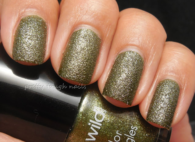 Wet n Wild ATTEN Hut! Texture Polish