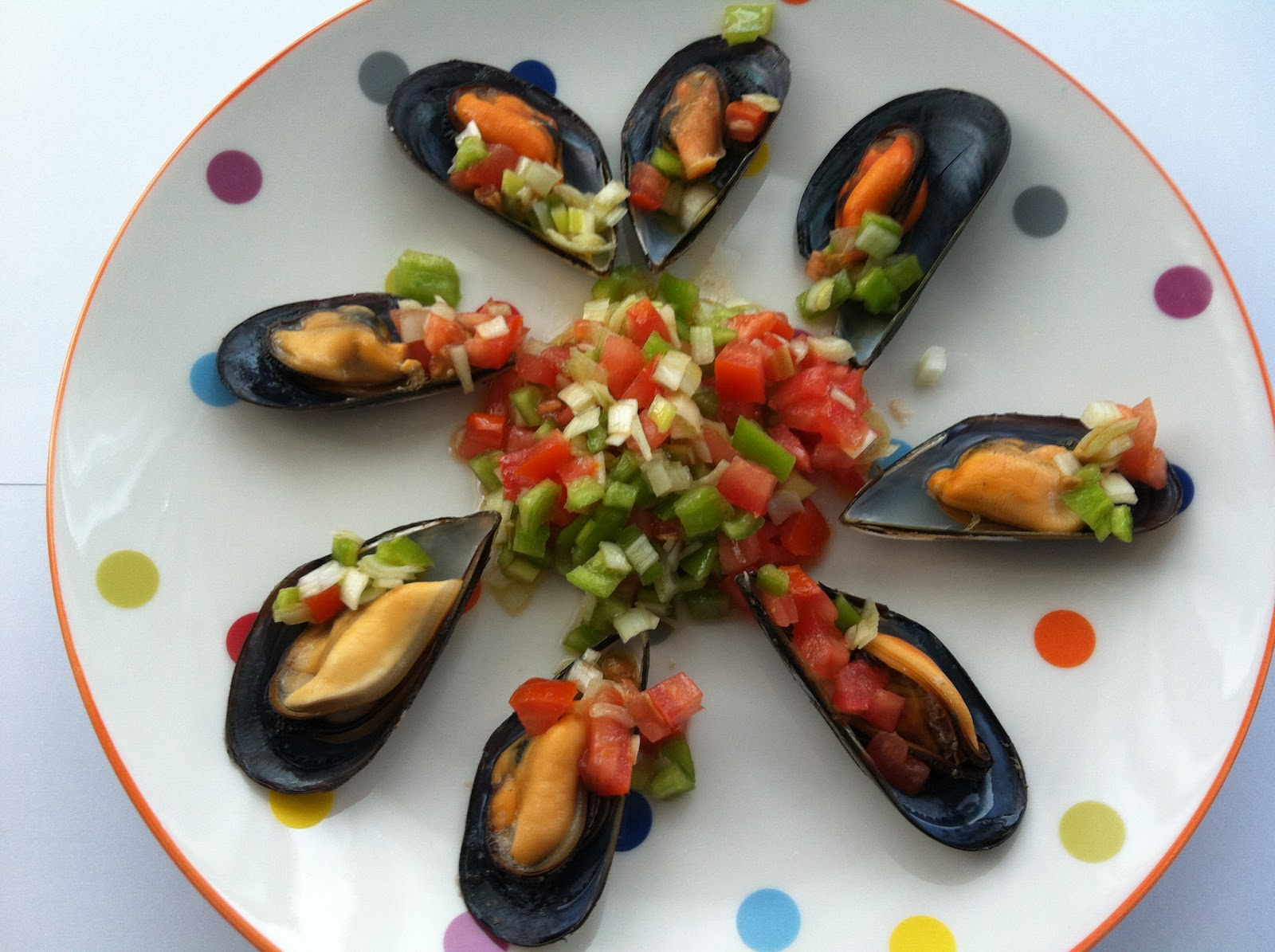 Las recetas de martuka mejillones al vapor con salsa - Mejillones al vapor con vinagreta ...