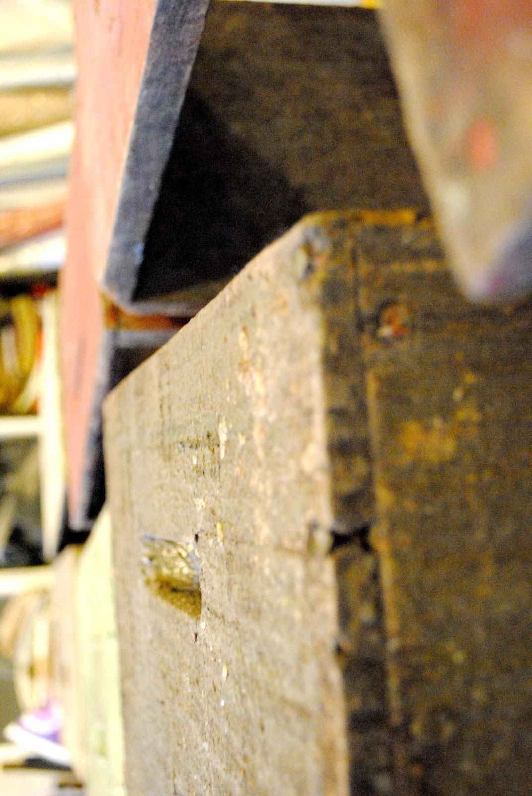 http://3.bp.blogspot.com/-34SIVmjhmv8/T9pKHtQ7AHI/AAAAAAAACqE/JeOMAsAbU7g/s1600/beehives1.jpg