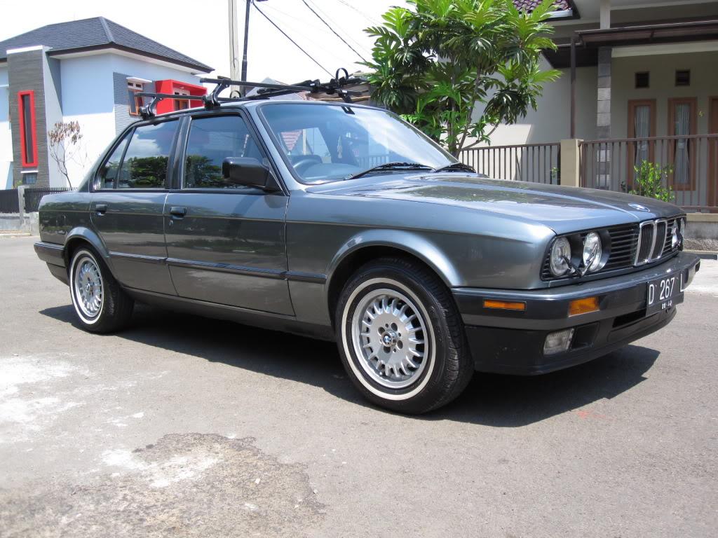 Autoinfo  Bmw E30 318i  M40