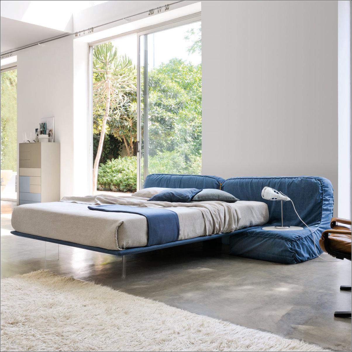 Arredaclick muebles italianos online cama acolchada for Muebles italianos online