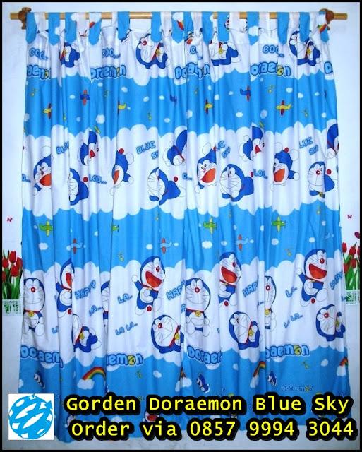 tirai jendela doraemon 2013 Hordeng Doraemon Blue Sky
