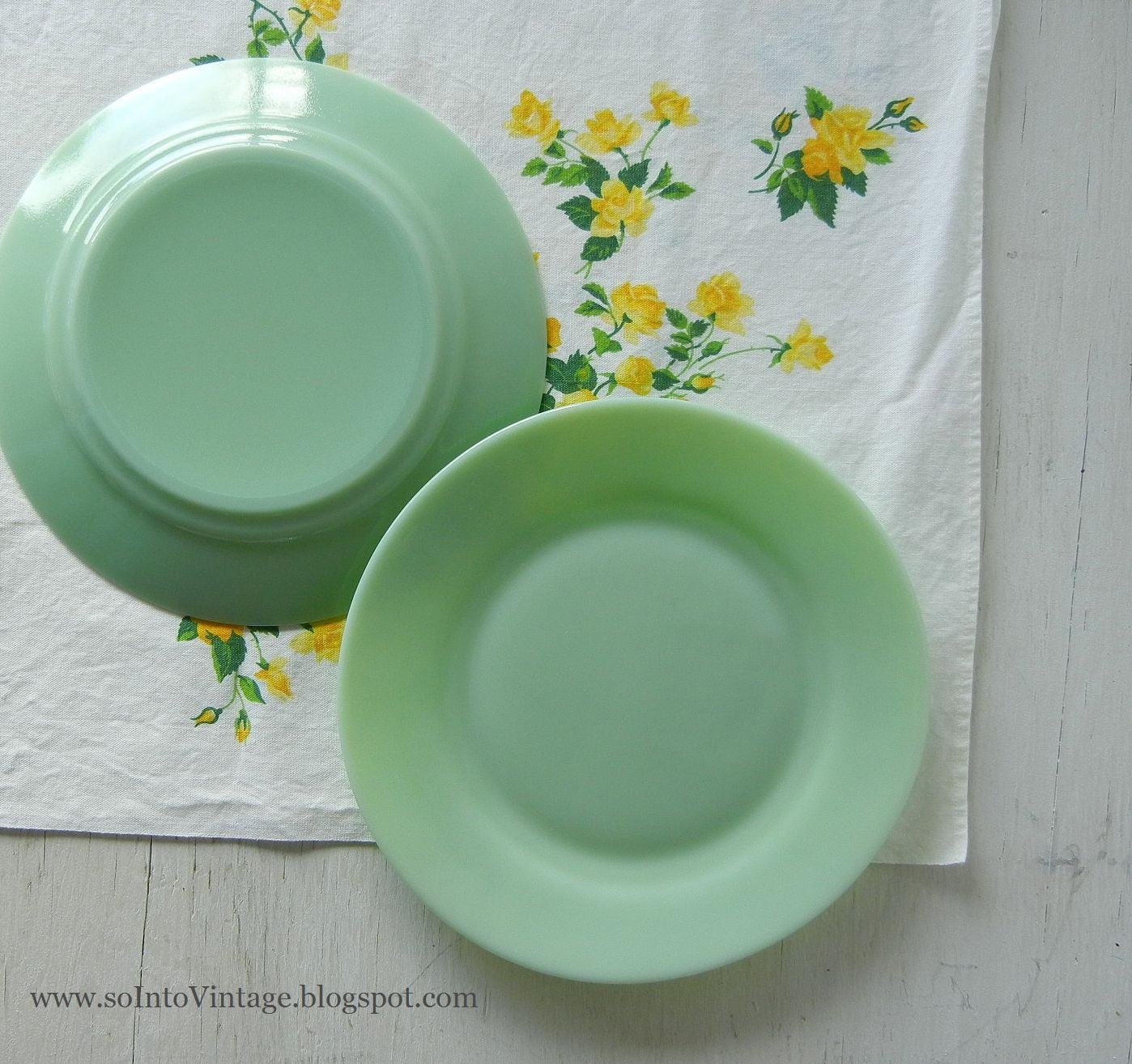 Jadeite enthusiasts please stand up. & Into Vintage: Jadeite enthusiasts please stand up.