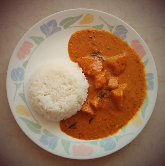 Puli Koddel (Konkani Ash gourd Curry)