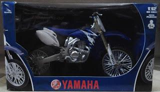 Miniatur Motor Trail Yamaha YZ-450F