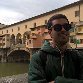 Giuseppe Monea che si gode le bellezze di Firenze