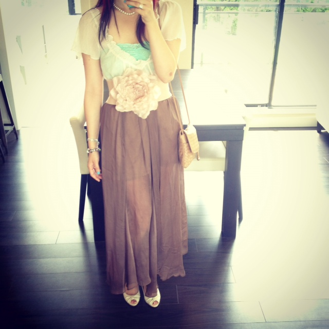 thrifted soft top, aritzia lace bandaeu, bandeau, mint lace bandeau, mint bandeau, wide large flower belt, flower belt, nude flower belt, sheer obakki maxi skirt, sheer maxi skirt, brown maxi skirt, pearl necklace, nude peeptoe heels, vintage bottega venetta purse, vintage designer purse, designer purse, woven purse, wilfred silk over coat, fashion, style, bohemian style, airy fairy, flowy, women fashion, aritzia, desginer, ecelectice combo