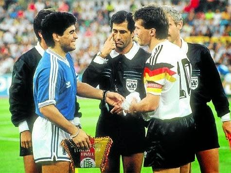 ¿Cuánto mide Diego Armando Maradona? - Altura - Real height Wc+90+final+mathaus+maradona+10