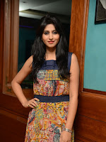 Shamili glam pics at Best Actors event-cover-photo