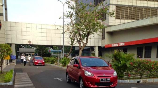 Menengok Mitsubishi Mirage Cuma Butuh 1 Liter Bensin untuk 24,20 Km!