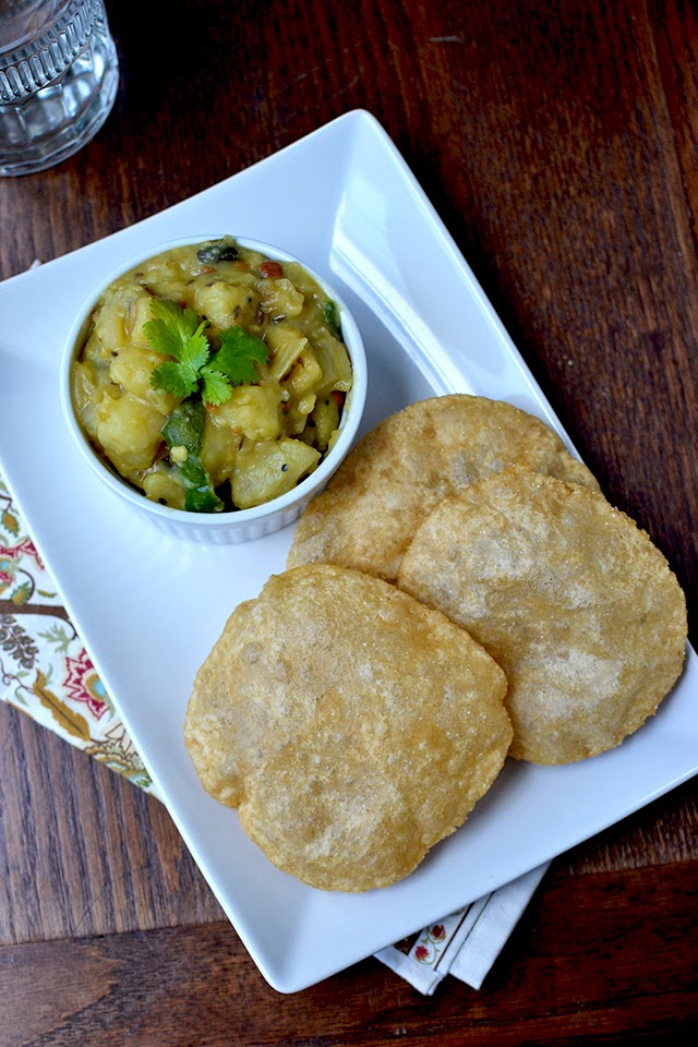 Poori with Besan Aloo Curry