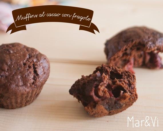 Ricetta muffin al cacao con fragole