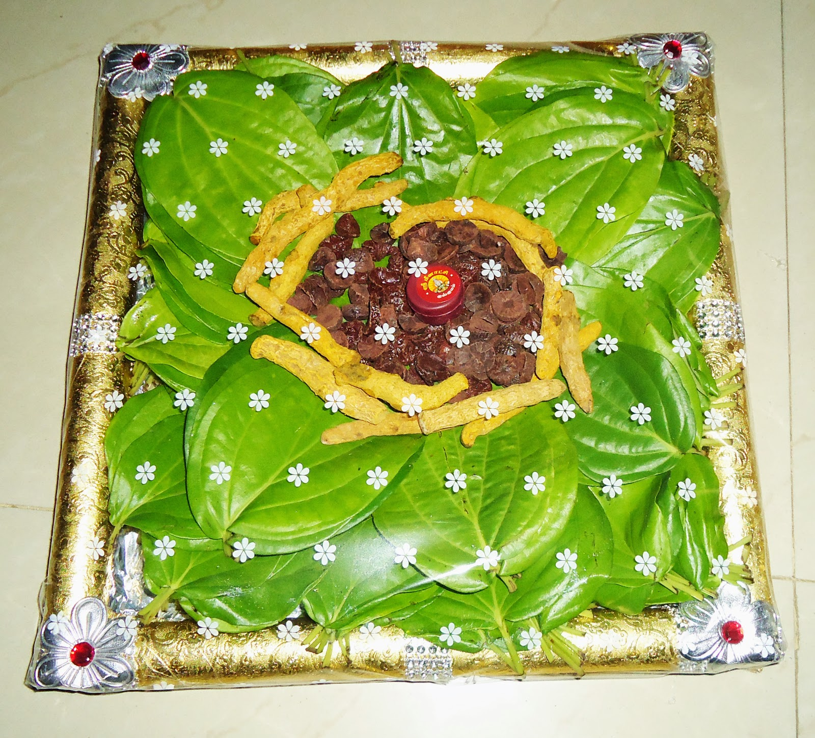 Aarathi varisai plates for Aarathi plates decoration