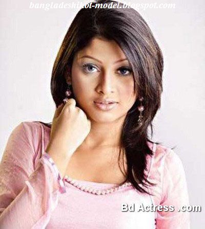Beautiful bangladeshi model Sarika