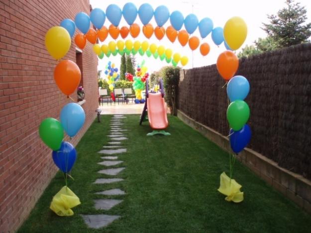Arreglos con globos de bautizo imagui for Decoracion con globos para bautizo