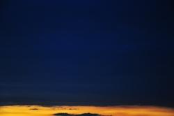 Lichtstreifen am Horizont...
