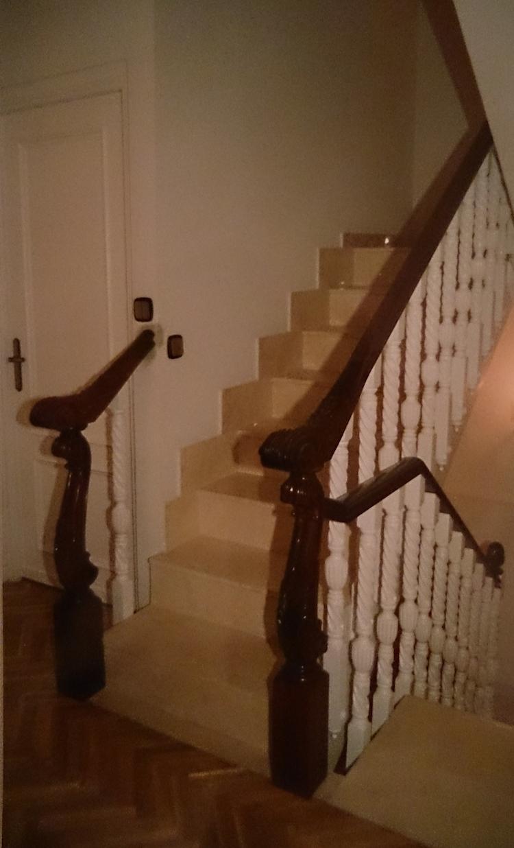 Muebles a medida madrid barandillas y pasamanos para - Escaleras a medida ...