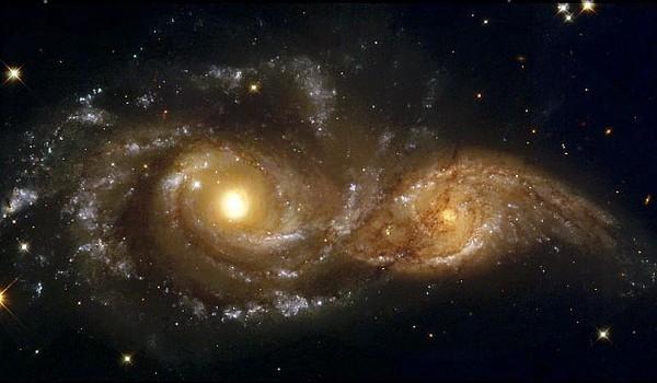 Colisión entre las dos galaxias