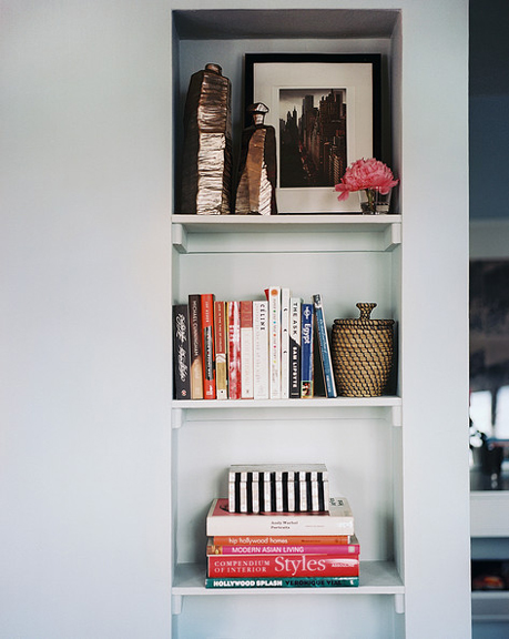The Peak of Très Chic Shelves of Style