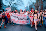 Manifestation toute nue, 3 mai