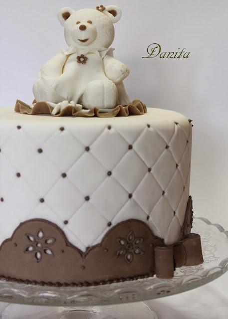 corso di cake design: torta orsetto