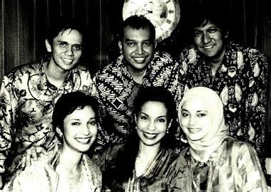 Marissa Haque,  Soraya, Shahnaz, Ikang Fawzi, Ekky, dan Gilang