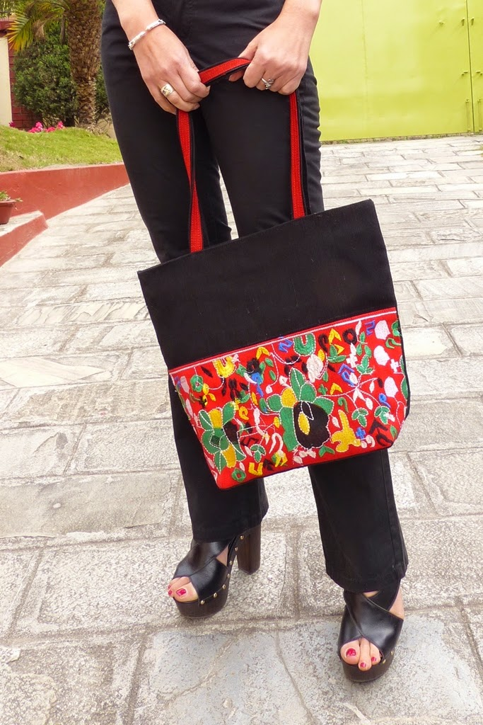 Embroidered cotton bag from Bangladesh