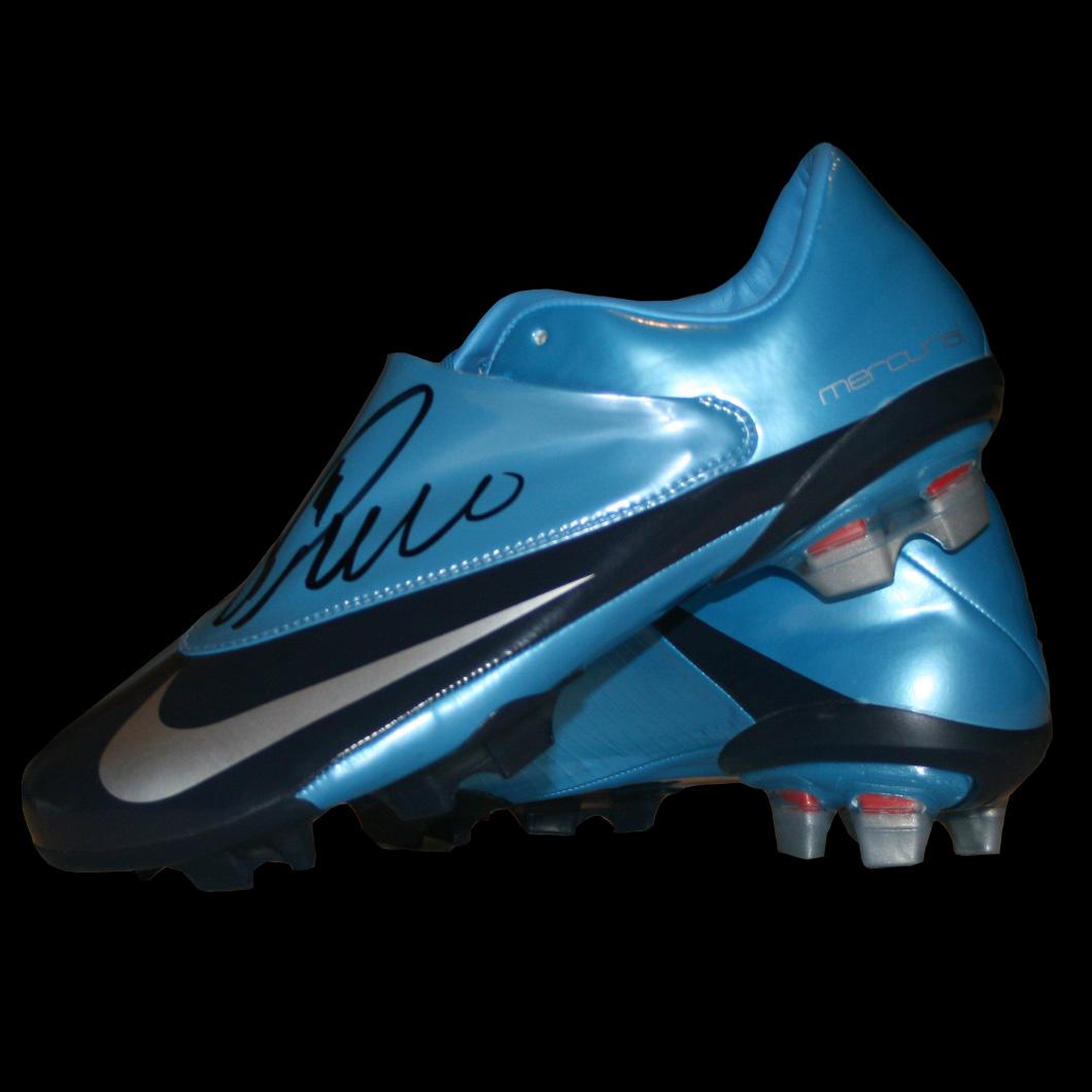 Fotos las nuevas botas de Cristiano tienen microdiamantes  - fotos de zapatos mercurial