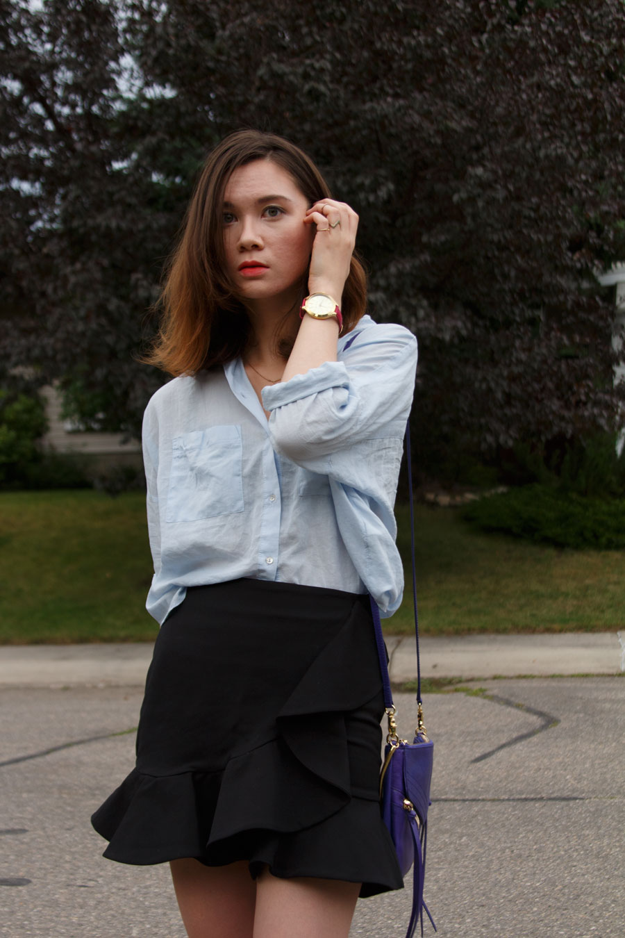 university fashion, day to night, Back to school, zara, frilled skirt, botkier legacy mini crossbody, midi rings, stacking rings, lace up sandals, outfit, fall fashion, work wear,