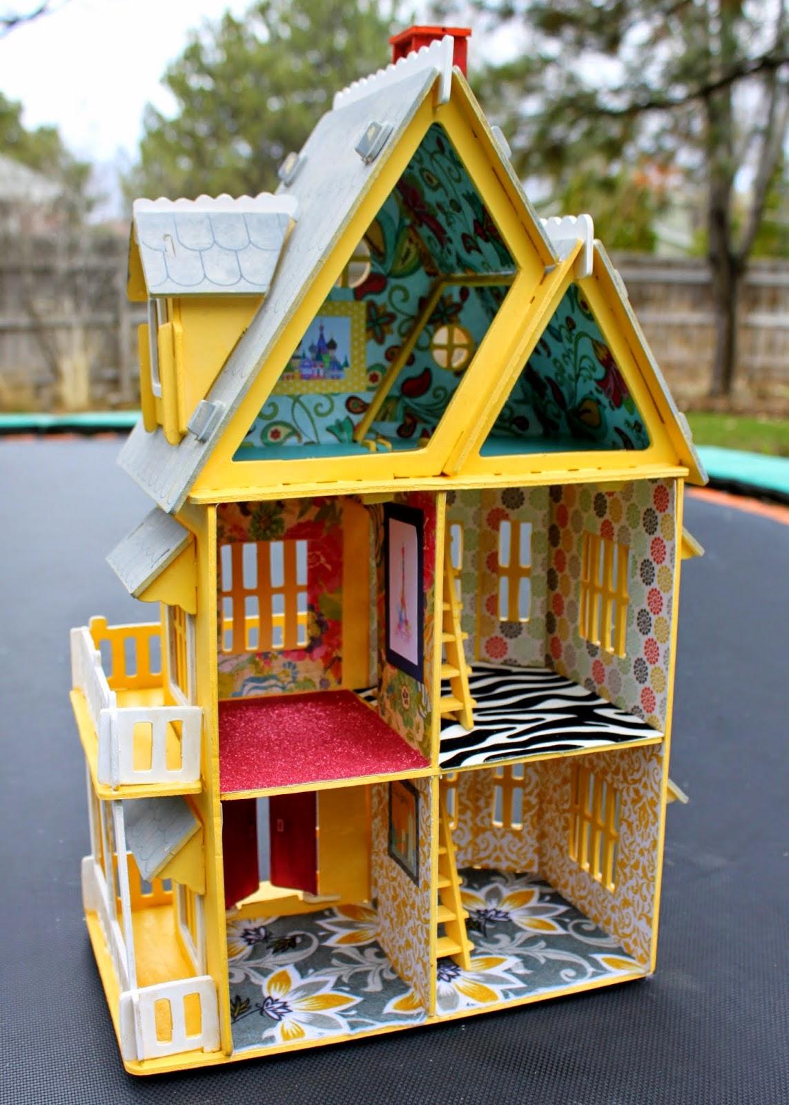 Crafty Sisters Dollhouses