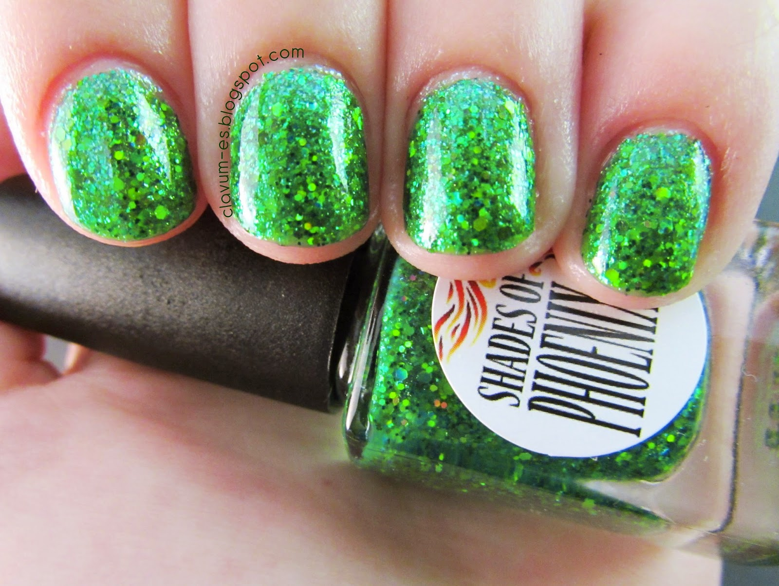Shades of Phoenix - Mint Leaf Swatch