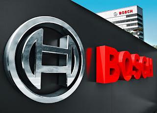 """Из скромной маленькой мастерской точной механики и электротехники, основанной в 1886 году в Штутгарте, компания Bosch превратилась в одну из ведущих интернациональных компаний. Сегодня компания Bosch включает в себя больше 350 дочерних предприятий и территориальных офисов в больше чем 150 странах мира, где трудятся свыше 285 тыс. работников. С первого дня ценностями для Bosch были качество и функциональность продуктов, новые спецтехнологии, внятные и доступные людям. До сего времени стержневой лозунг компании: """"Отличнее утратить деньги, чем доверие"""". Даже в трудные времена Bosch не примитивно выстояла, но и удачно прогрессировала. Это обусловлено основополагающими тезисами, заложенными отцом основателем компании Робертом Бошем в философию и тактику компании Bosch, которые поддерживаются до сего времени текущим начальством и рядовыми работниками."""