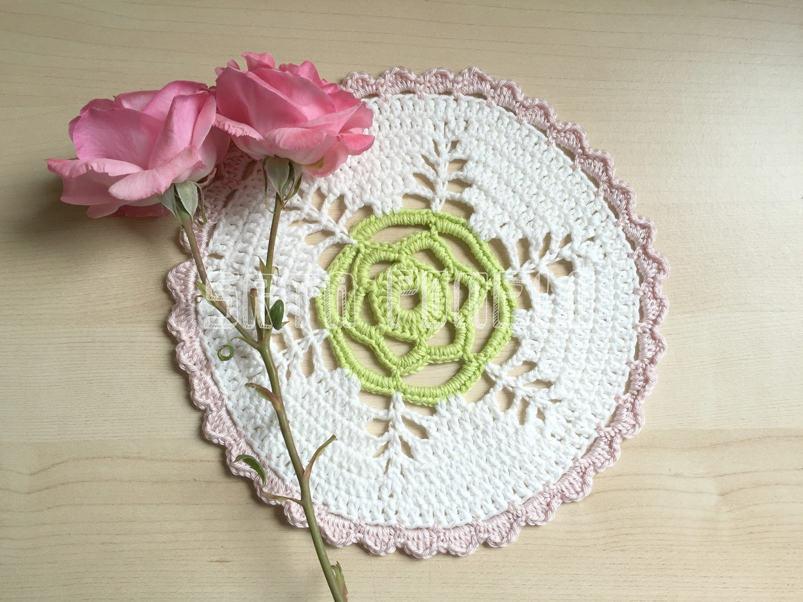 Srta Pomelo: DIY: un tapete de crochet.
