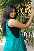 Actress Anjali New Photos, Anjali hot photoshoot stills-thumbnail-13