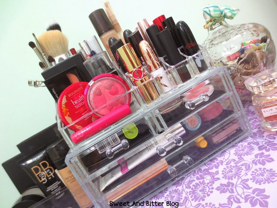Acrylic Makeup Organiser India