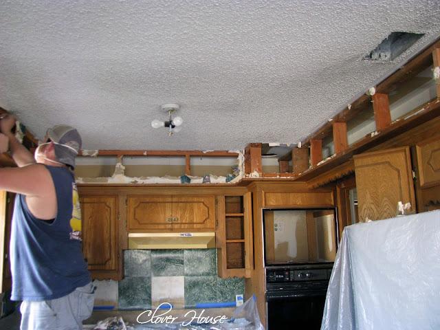Remove Kitchen Cabinets