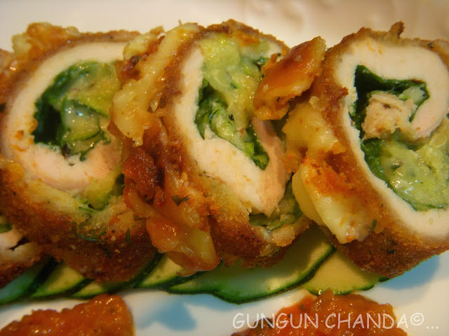 Chicken Rollatini with Marinara Sauce ----- stuffed with Spinach ...
