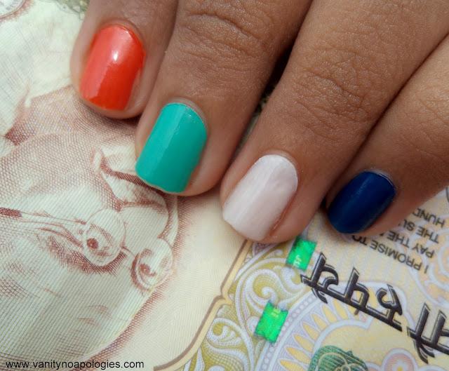 tricolour nails