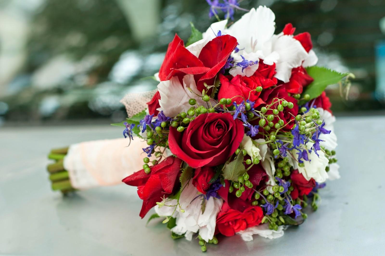 Maya Flowers Buchet Mireasa Din Gladiole Si Trandafiri