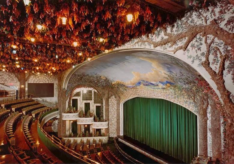 10 Espectaculares Teatros