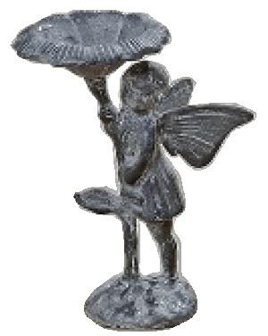 Ljuvlig fågelbad med älva