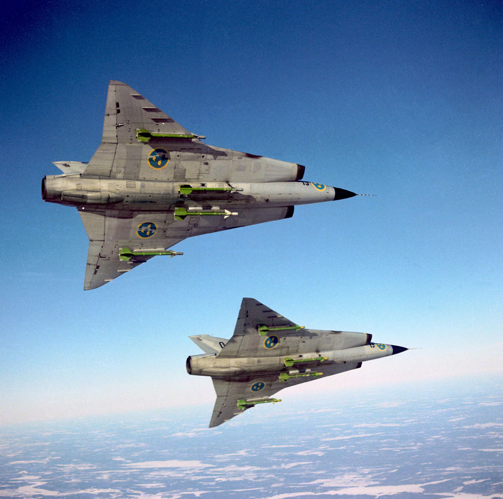 Here be dragons... Saab+35+Draken+Belly+view