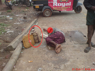 my clicks, MY VILLAGE, Drunkken snake charmer,snake,It Happens Only In India, funny pictures,pambaya pambatty,pambatty