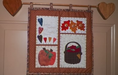 Scraps and quilts fall has arrived in virginia for Front door quilt pattern