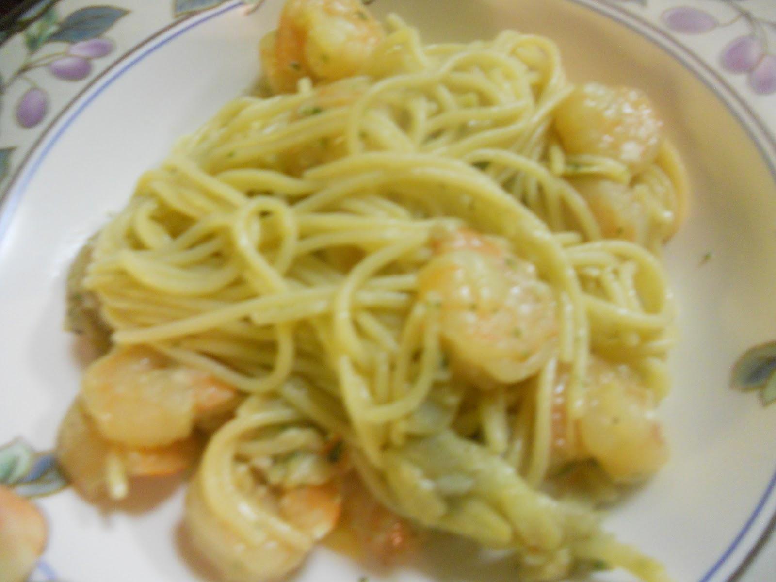 Bon'Appetit!: Shrimp Scampi with Artichoke Hearts!
