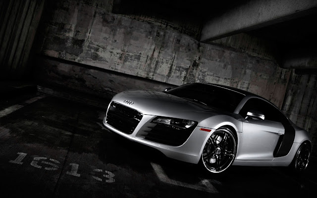 Audi R8 HD screen